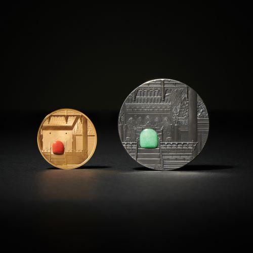 경복궁 금메달(왼쪽)과 은메달(오른쪽)