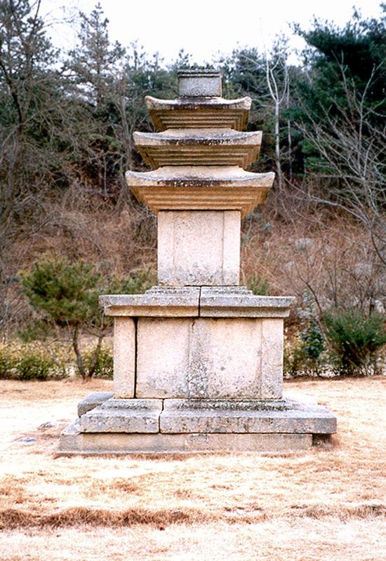 감산사지삼층석탑