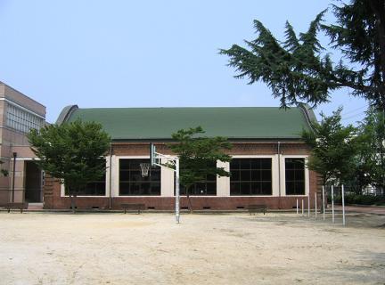 대전여중강당(후면)