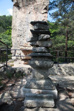 입석사 석탑