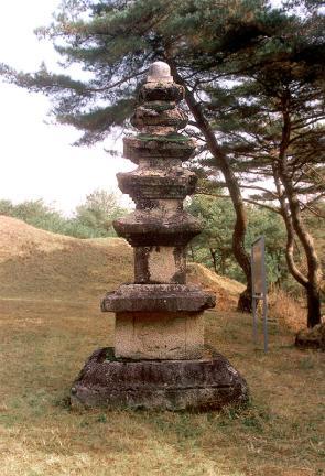 유동리오층석탑