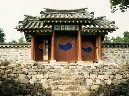 봉산영당입구