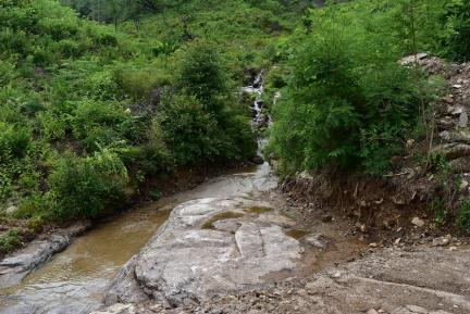 계당 인근 계곡