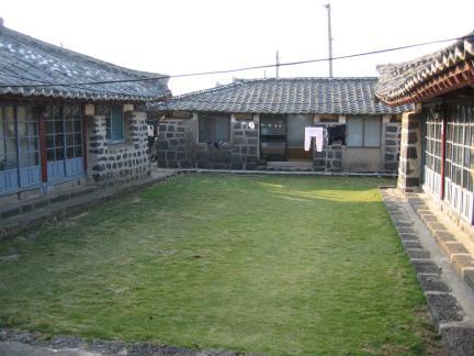 강창희 가옥전경
