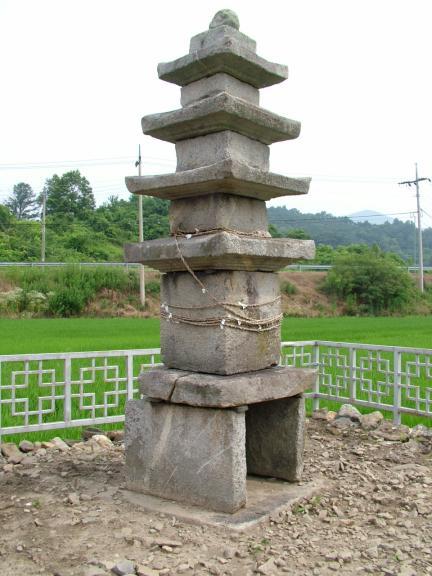 송덕리 오층석탑
