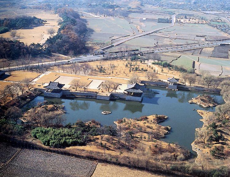 경주 동궁과 월지 전경(동-서)