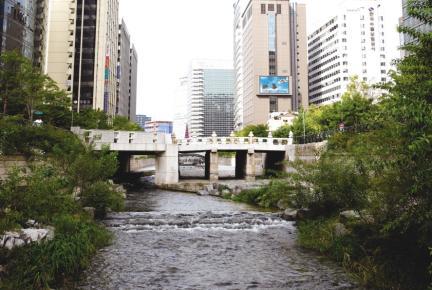 서울 청계천 유적- 광통교 원경
