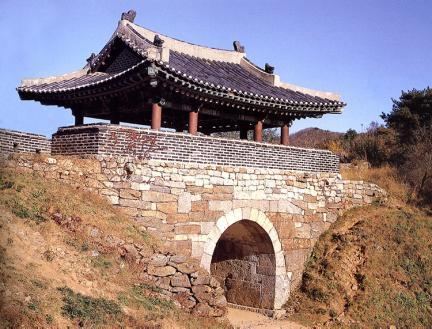남한산성북문