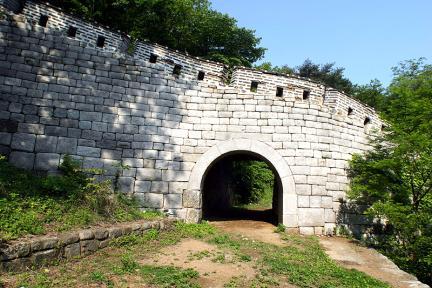 남한산성동쪽암문