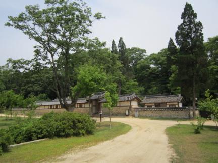 영릉(寧陵) 재실