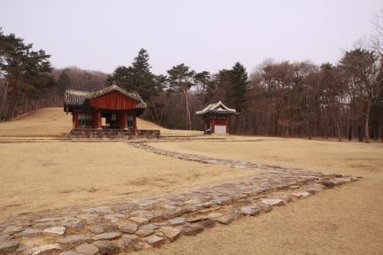 공릉 전경(2012.03.22.촬영, 파주삼릉관리소)