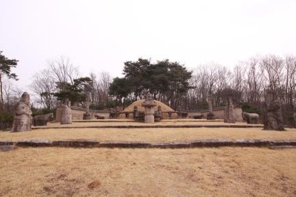순릉 근경(2012.03.22.찰영, 파주삼릉관리소)