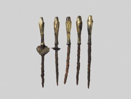충주 숭선사지-금동연봉형와정장식