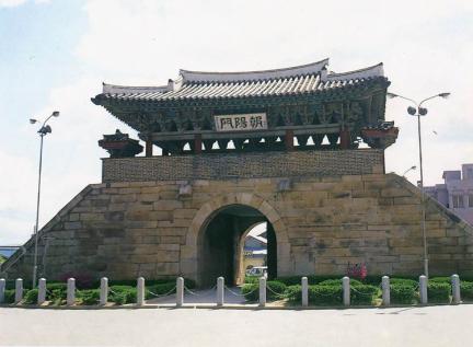조양문(동문)
