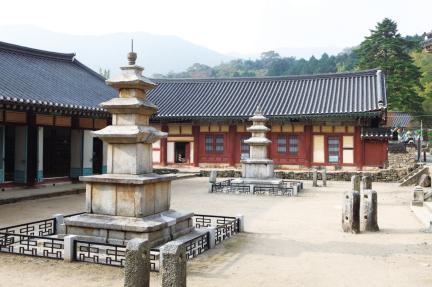 순천 선암사-동·서삼층석탑