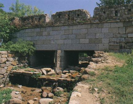남문옆수문