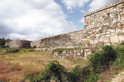 포항 장기읍성 성벽