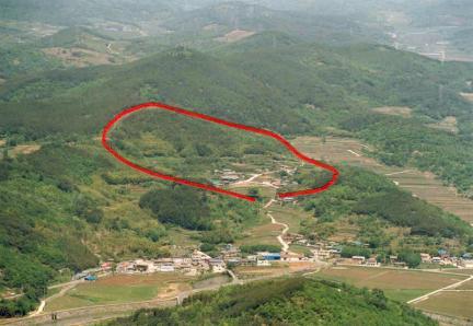 하동읍성전경(붉은선은성곽의선형임)