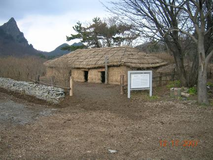 울릉 나리동 투막집