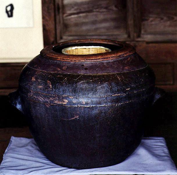 Making local liquor(Beopju Liquor made from rice)