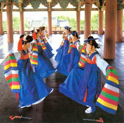 한삼입춤(대무)