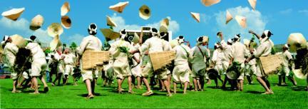 이중 모심기 소리나 논매기 소리에는 전통적 민요의 짜임새인 소리의 고저장단과 완급을 확연히 구획짓는 용어[긴햇소리, 짜른햇소리, 긴사대, 짜른사대, 어루사대]까지 전승되고 있다.