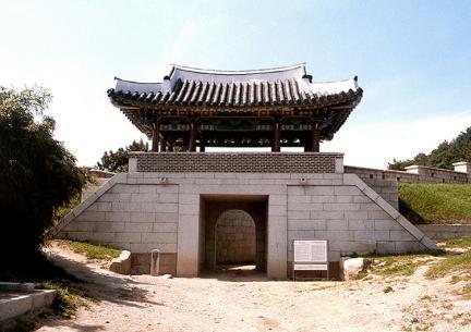 동래읍성지 북문 전경