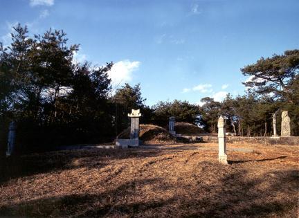 양송천묘역