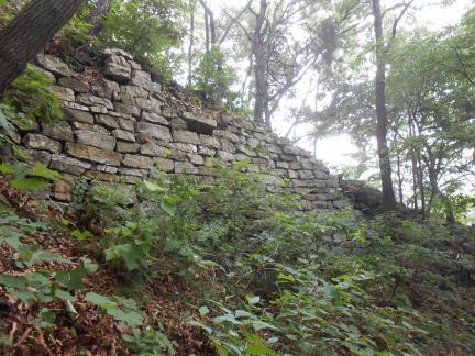 할미산성 성벽