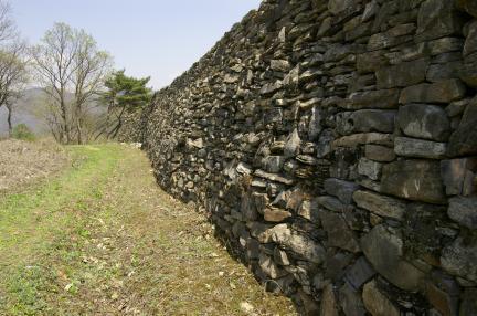 고성산성 성벽
