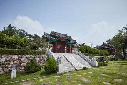 시도기념물 제147호_오산시궐리사_성상전내삼문측면