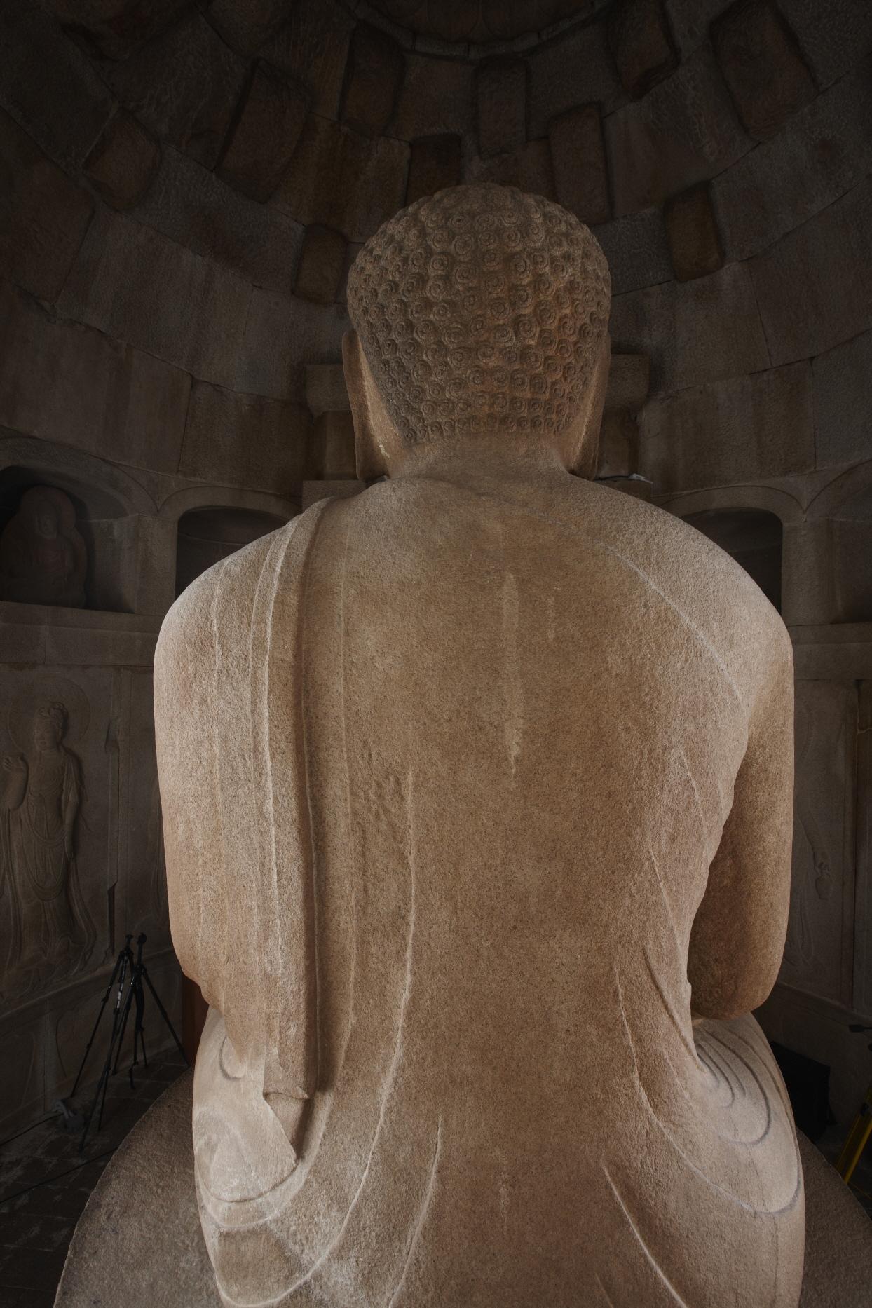 경주 석굴암 석굴 (본존불 뒷면)