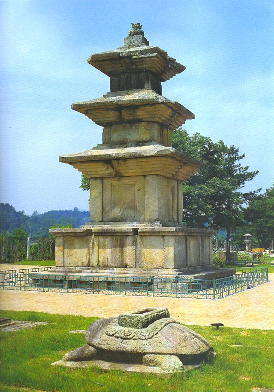 경주 고선사지 삼층석탑(경주박물관내)