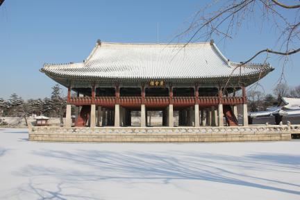 경복궁 경회루 설경(2012.2.1 촬영, 문화재청)