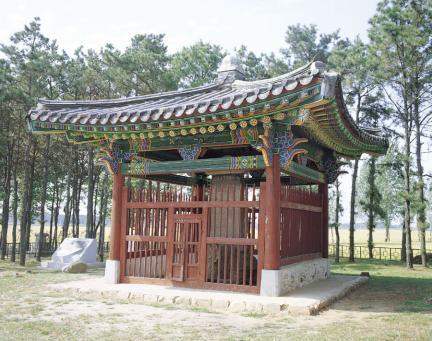 천안 봉선홍경사 갈기비(보호각)
