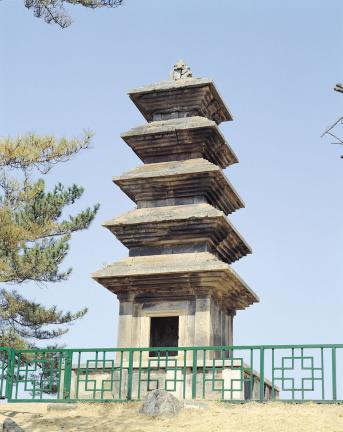 의성 탑리리 오층석탑
