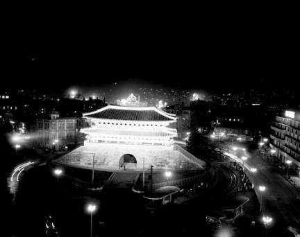 숭례문 야경(1963)