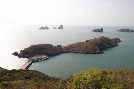 홍도천연보호구역 등대서본 악어바위