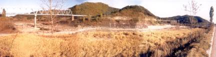 진주유수리의백악기고환경과공룡화석산지전경