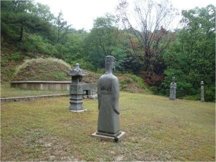 서울 이시영 묘소