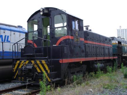 디젤전기 기관차 2001호