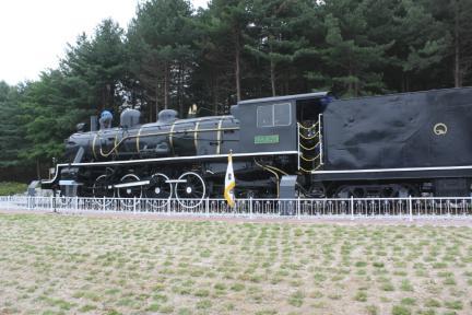 미카형 증기기관차 129호(전경)