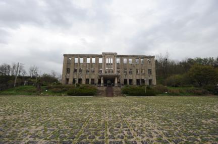 철원 노동당사 (촬영: 문화재청, 2010.05)