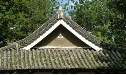 지붕(우측면)/문화재청