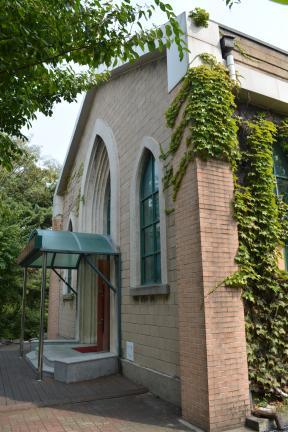 서울 해병대사령부 초대교회