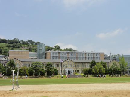 목포 문태고등학교 본관: 원경