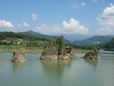 Dodamsambong Peaks in Danyang