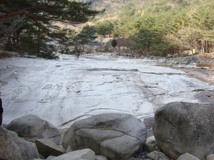 무릉계곡 입구 무릉반석
