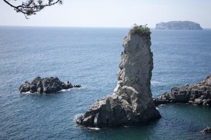 제주 외돌개와 범섬