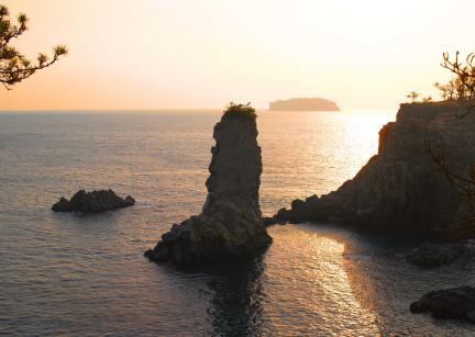 석양의 외돌개와 범섬 2
